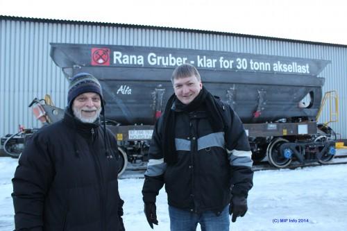 Den første av de 40 nye jernbanevognene, som Rana Gruber AS investerer i, ankom i januar 2014 og ble døpt Alfa. Markedssjef Frank Priesemann og innkjøpssjef Alf A. Øverli ser fram til oppgradering av jernbanen for å få full utnyttelse av investeringen.