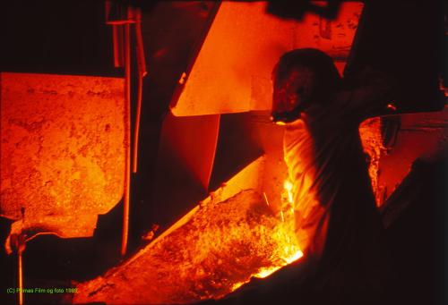 Siste tapping av råjern ved Norsk Jernverk AS, Råjernverket, 29. september 1989.