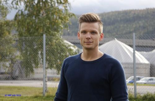 Espen Moe er ansatt i avdeling Kraftnett i Mo Industripark AS, som driftsingeniør.