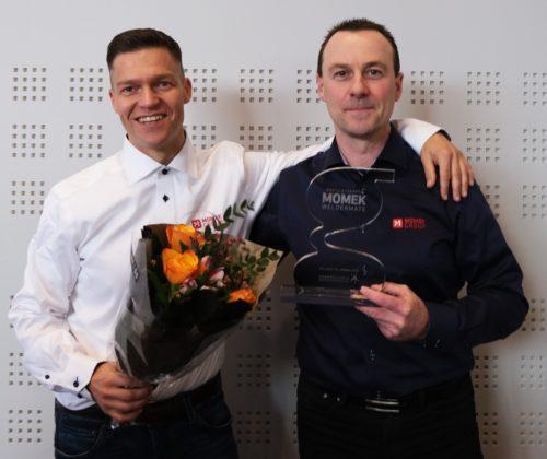 Alexander Johansen og Morten Loftfjell var fornøyd etter å ha blitt tildelt årets nyskaperpris.