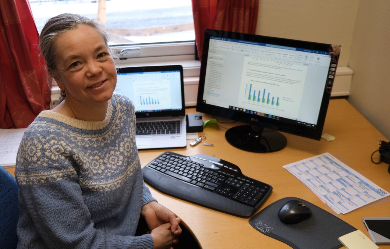Seniorrådgiver i SINTEF Norlab, Tone Gardsjord, kan konstatere rekordlavt antall døgnoverskridel-ser og svevestøvkonsentrasjon for 2019.