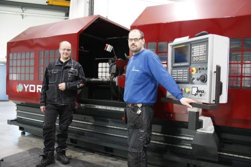 Den nye slipemaskinen kan utføre maskinering på emner på hele 16 meter, med diameter inntil 300 millimeter.
