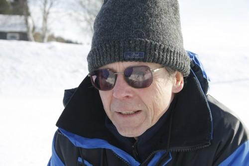 - Hvilke organismer vi finner forteller oss mye om tilstanden i elva, forteller Karl Jan Aanes.