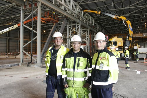 HMS har første prioritet i dette prosjektet, forsikrer (fra venstre) prosjektleder Børge Henriksen, byggeleder for betongarbeidene Terje Leirbekkhei og HMS-koordinator Morten Øvermo.