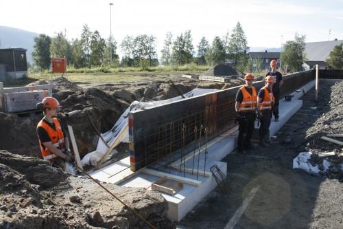 Grunnarbeider for nybygget til Bilalliansen i Blåbærveien