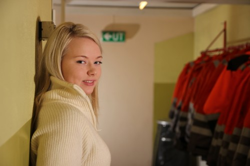 Kine Løseth, lærling ved Celsa Armeringsstål AS, valseverket.