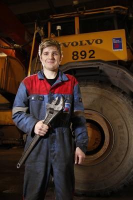Tor Helge Hermansen, anleggsmaskinmekaniker ved Mo Industritransport AS.