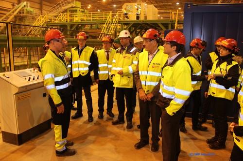 Ved Wasco Coatings Norway AS fikk gjestene informasjon om produksjonsgangen i det moderne produksjonsanlegget, som starter opp like over påske.