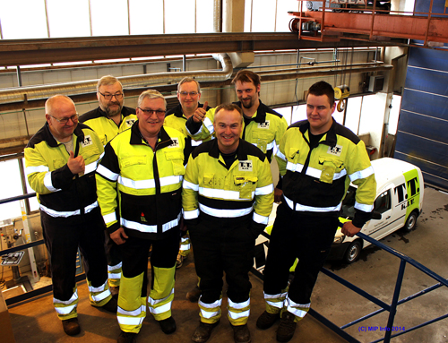 Et ungt firma med en stab på fem svært erfarne medarbeidere og en lærling. Fra venstre: Tom Johansen, Arne Bohlin, Roar Wenngren, Ragnar Kildal, Trond J. Trondsen, Magnus Klausen og Mads Yttervik.
