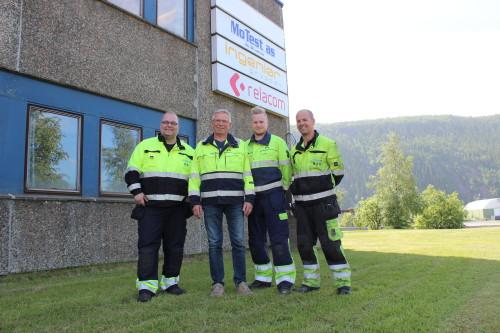 De fire ansatte ved MoTest AS. Fra venstre: Rune Gjersvik, Bjørnar Dahle, Patrick Bakksjø og Morten Olsen.