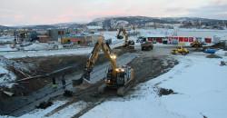 Byggestart på Evrybygget, med fundamentering som utføres av Øijord & Aanes Entreprenørforretning AS.