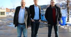 Stortingsrepresentant Torstein Tvedt Solberg fra Arbeiderpartiet  besøkte Mo Industripark AS tirsdag 10. mars sammen med Geir Waage og Jan Erik Arnøy fra Rana Arbeiderparti.
