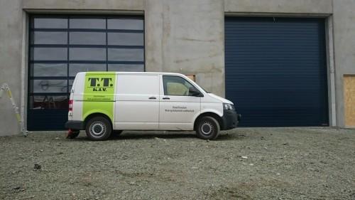 - Vi har fått agenturet for Alutech som er en av de største portprodusentene i Europa på industriporter og garasjeporter, sier daglig leder Trond Trondsen.