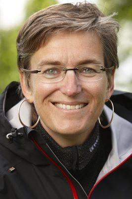 Miljødirektoratets Ellen Hambro sier at dagens grenser for svevestøv ikke er strenge nok. Foto: John Petter Reinertsen/Miljødirektoratet