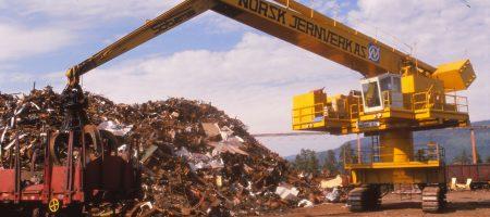 Skraphåndtering fra 1989. Dette skjedde vest for stålverket, og omfanget var ennålavt i forhold til dagens nivå; inntil 400.000 tonn mot dagens 700.000 tonn.